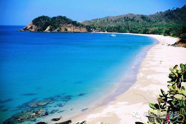 由于2004年海啸后,披皮群岛和普吉岛受到海啸破坏,这里才逐渐兴起旅游