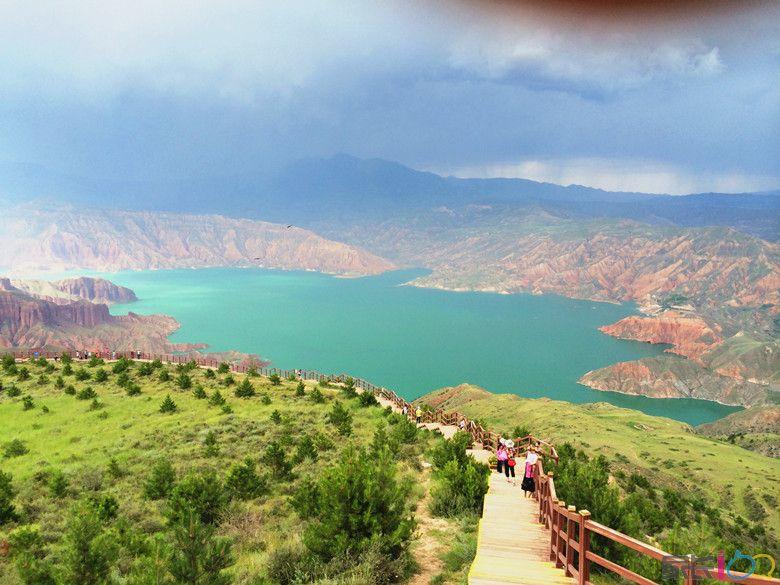 贵德县位于青海省东部,海南藏簇自治州东南部,地处黄土高原