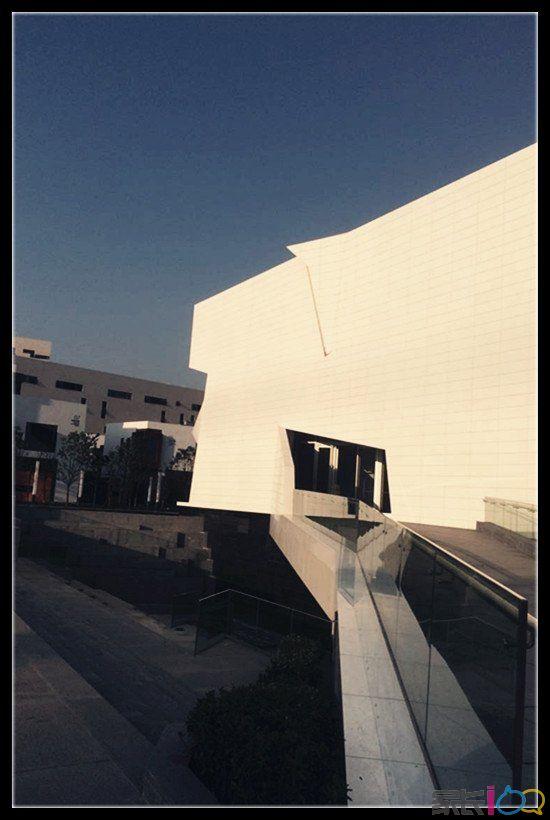 武汉创意天地——艺术科普地,合美术馆设计独到,分享一下浪漫的解构
