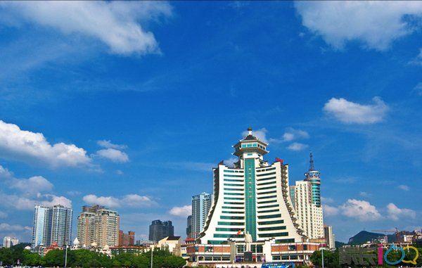 贵阳市区图片.jpg