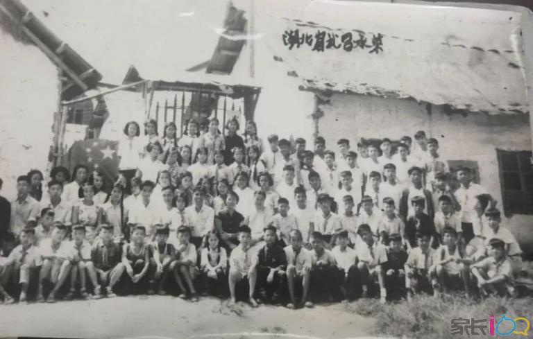 60年前开学典礼.jpg