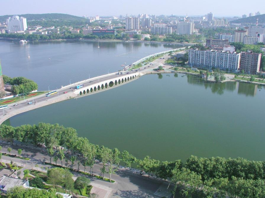 武汉大学校园风景图片